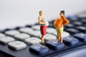 Karenzzeiten-Anrechnung: Schwarz-Blau sagt Gesetz ab und bringt damit Eltern um ihr Geld